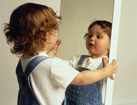 Box Hill Speech Pathology Clinic Spotlight Stuttering Girl in the Mirror Test